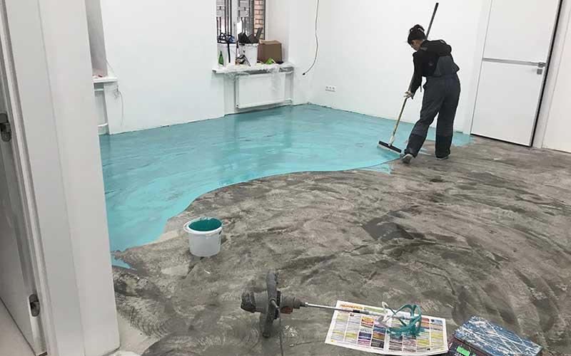 Ремонт наливных полов в квартире в Москве